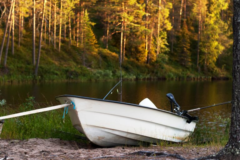 How to install a fish finder on a fiberglass boat